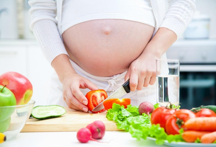 Bà bầu bị viêm đại tràng khi mang thai cần chú ý về chế độ dinh dưỡng