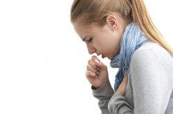 Ho là triệu chứng điển hình của viêm phế quản co thắt