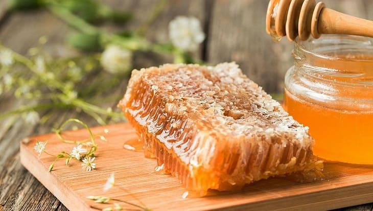 Mẹo chữa viêm phế quản co thắt bằng mật ong