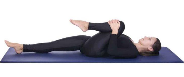 Bài tập yoga tư thế co gối