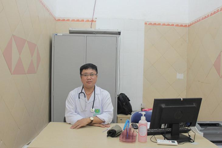 Bác sĩ Phùng Hải Đăng có đam mê với y học cổ truyền từ nhỏ nên luôn nỗ lực theo đuổi đam mê