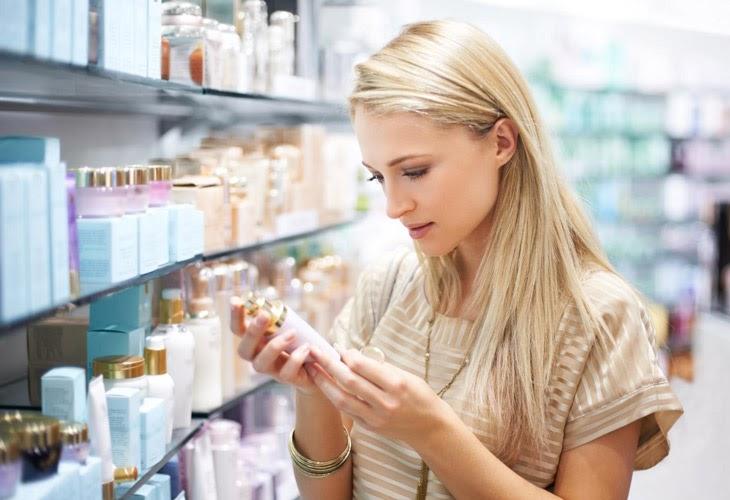 Bạn cần lưu ý những gì khi lựa chọn kem trị mụn?