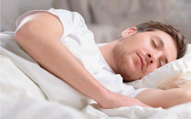 Thảo dược này có tác dụng làm dịu thần kinh, giảm căng thẳng, mệt mỏi, hỗ trợ ngủ ngon rất tốt