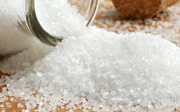 Cách massage giảm mỡ bụng hiệu quả bằng muối rang nóng