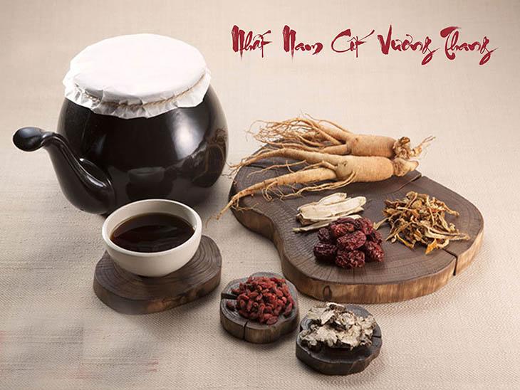 Nhất Nam Cốt Vương Thang kết hợp nhiều dược liệu chữa bệnh