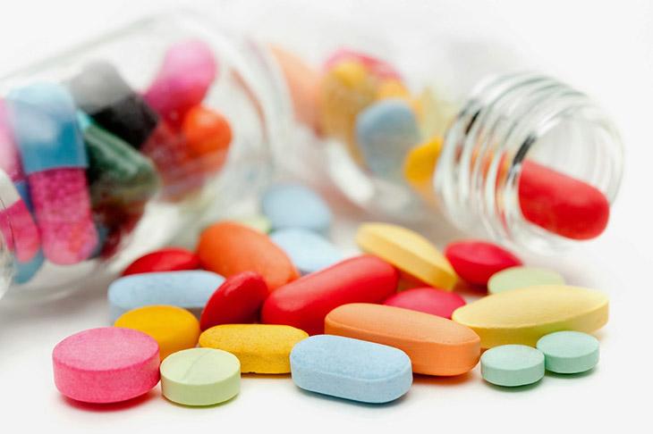 Áp dụng thuốc Tây trị lồi đĩa đệm cột sống cổ