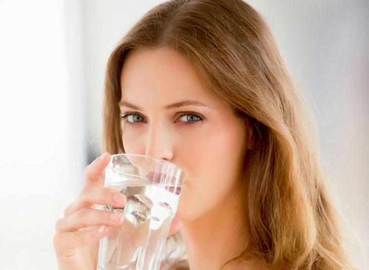 Súc họng thường xuyên giúp giảm viêm họng hiệu quả