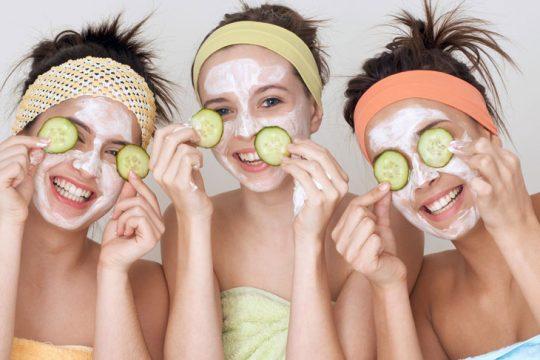 Dùng mặt nạ tự nhiên trị mụn mủ có tốt không?