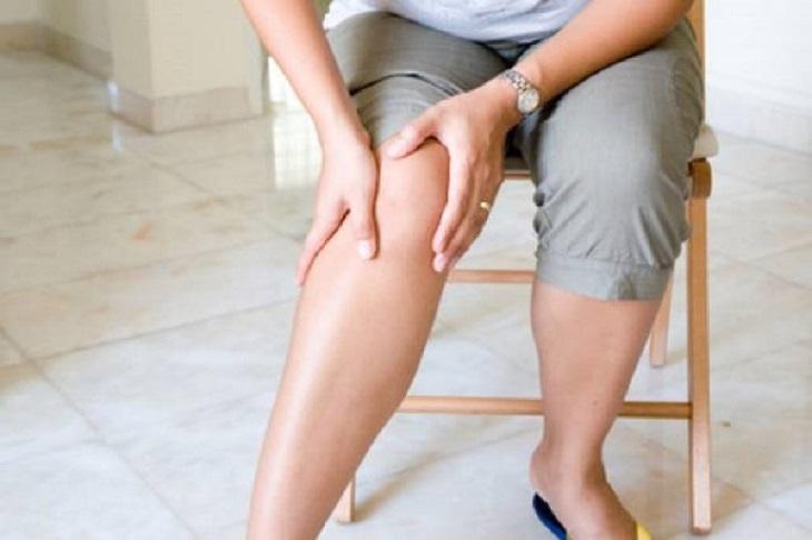 Đau chi dưới là triệu chứng phổ biến của hội chứng đuôi ngựa