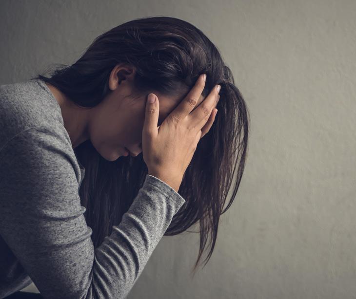 Căng thẳng, stress cũng là nguyên nhân gây mụn nội tiết ở nữ giới