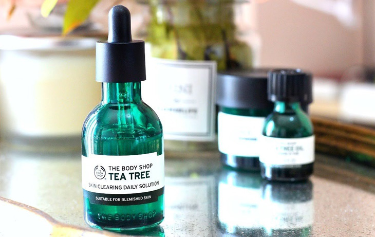 Serum trị mụn ẩn cho da dầu The Body Shop Tea Tree Anti-Imperfection Daily Solution