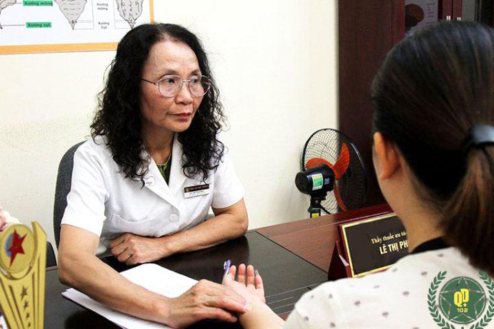 Bác sĩ Phương là người trực tiếp thăm khám, điều trị cho tôi