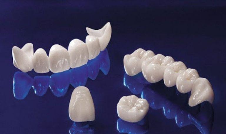 Trung tâm chế tác răng sứ, răng giả hiện đại hàng đầu tại Việt Nam được khách hàng lựa chọn.