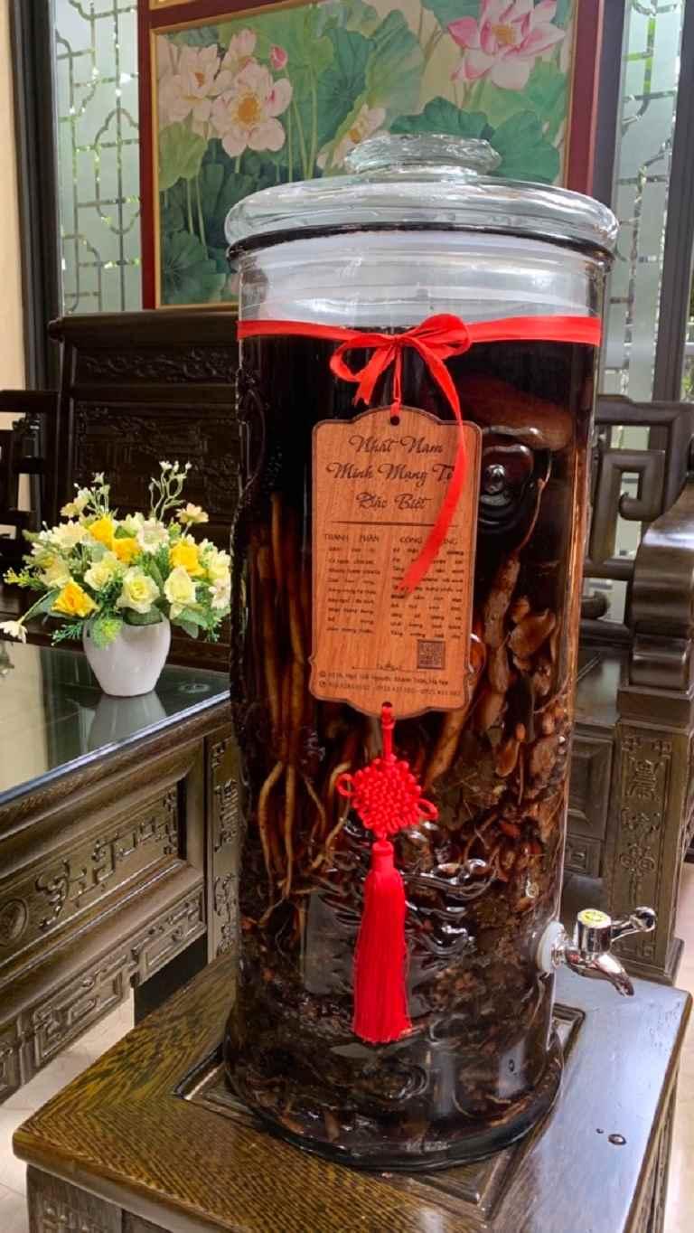 Bài rượu thuốc Nhất Nam Minh Mạng Tửu